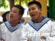 Echange entre les forces navales du Vietnam et des Philippines sur l'île Song Tu Tây