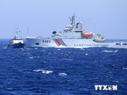Les navires chinois continuent d'encercler les bateaux de pêche du Vietnam