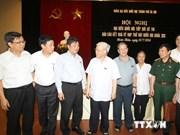 Le secrétaire général du PCV rencontre des électeurs hanoiens
