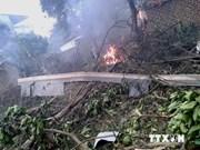 Crash d'avion : le président rend visite aux blessés
