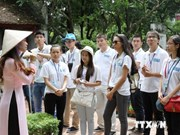 """""""La mer et les îles de mon pays natal"""", thème du camp d'été des jeunes Viet kieu 2014"""