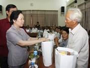 Quang Tri : Nguyen Thi Doan rencontre des Mères héroïnes