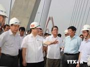 Le pont Nhât Tân à Hanoi sera ouvert au trafic fin 2014