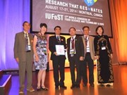 Vinamilk reçoit le prix IUFoST Global Food Industry Awards 2014