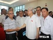 Le leader du Parti rencontre des électeurs de Hanoi