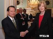 Le vice-PM Vu Van Ninh reçoit la Lord-Maire de la City de Londres