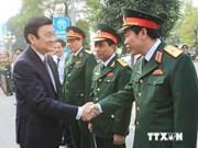 Le président Truong Tan Sang rend visite au Commandement de la capitale
