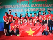 Des élèves vietnamiens honorés aux Olympiades internationales de mathématiques