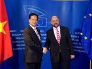 Le Premier ministre Nguyen Tan Dung rencontre le président du Parlement européen