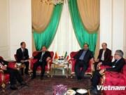 Activités du vice-PM Nguyen Xuan Phuc en Iran