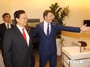 Activités du PM Nguyen Tan Dung en marge de l'ASEM-10