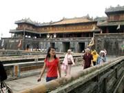 Colloque sur la préservation des patrimoines architecturaux en bois à Hue