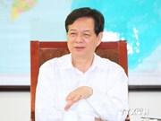 Le PM Nguyen Tan Dung arrive à Vientiane