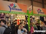 Le Vietnam à une foire internationale de l'artisanat en Italie