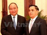 Le vice-PM Nguyen Xuan Phuc en visite au Laos
