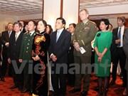 Célébration des 70 ans de l'armée vietnamienne en République tchèque et en Algérie