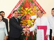 Le Hong Anh présente ses voeux de Noël à l'archevêque de HCM-Ville