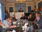 Table ronde sur les perspectives de coopération économique Vietnam-France