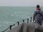 Indonésie/AirAsia: les recherches s'étendent en mer pour retrouver des victimes