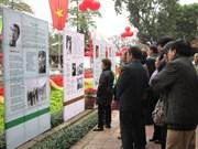 De nombreuses activités pour la Journée de la poésie vietnamienne de 2015