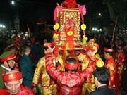 Nam Dinh : fête de l'ouverture des sceaux du temple Tran en mars