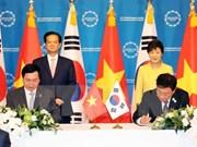 Le Vietnam et la R. de Corée paraphent leur accord de libre-échange