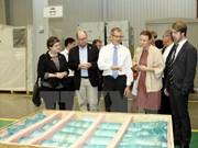 Le président du Parlement suédois en visite au Vietnam