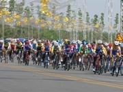 Du cyclisme pour relier le pays