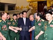 Le PM rencontre d'anciens combattants de la citadelle de Quang Tri