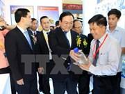 Ouverture de la foire Vietnam Expo 2015