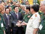 Le chef de l'État rencontre d'anciens combattants