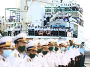 Une délégation de travail de la 4e zone navale en route vers Truong Sa