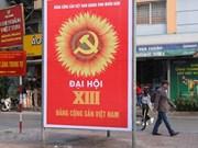Les rues de Hanoï décorées de drapeaux et de fleurs pour saluer le 13e Congrès national du Parti