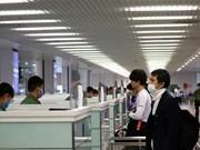 COVID-19: des mesures préventives resserrées à l'aéroport international de Nôi Bai à Hanoi