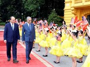 Cérémonie d'accueil officielle du Premier ministre malaisien