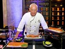 John Burton-Race, le chef qui fait découvrir la cuisine vietnamienne dans le monde