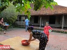 Visite de la maison la plus ancienne de Duong Lâm