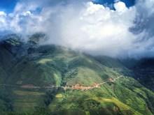 Le village Mông de Làng Sang à  Son La