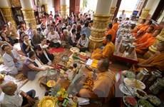 HCM-Ville : rencontre de Khmers pour la fête Sene Dolta