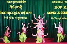 Fête Sene Dolta : meilleurs vœux aux Khmers de Vinh Long et de Kien Giang