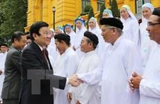 Le président Truong Tan Sang reçoit des dignitaires de l'Église caodaïste du Vietnam