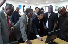 Le Vietnam et l'Afrique du Sud renforcent leur coopération dans les télécommunications