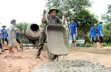 Echange entre les jeunes vietnamiens et cambodgiens