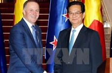 Le Premier ministre néo-zélandais achève sa visite officielle au Vietnam