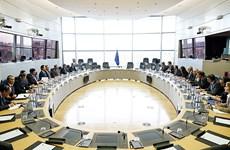 Le PM Nguyen Tan Dung s'entretient avec le président de la Commission européenne