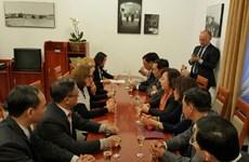 Promouvoir la coopération entre Hanoi et Varsovie