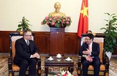 Le vice-Premier ministre Pham Binh Minh rencontre l'ambassadeur turc