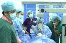 Ha Giang: soins ophtalmologiques gratuits pour des pauvres d'ethnies minoritaires