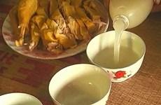 L'alcool «hoang» de l'ethnie Muong à l'occasion du Nouvel An lunaire