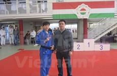 Une judokate vietnamienne médaillée de bronze à la Coupe de Hongrie